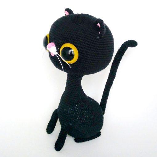 Muñeco peluche gato negro hecho a mano en crochet, Amigurumi: creación de personajes con ganchillo
